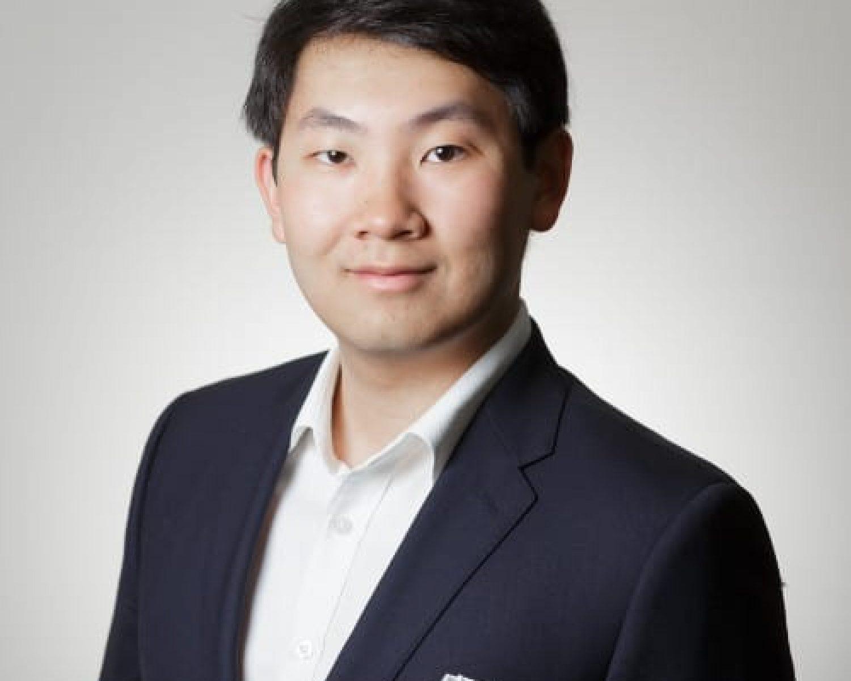 Yusudan Ren Headshot
